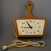 1960s Vintage Electric Wall Clock, Kitchen Pan Style, Model #2155, NICE Condition