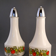 VINTAGE Gemco Oil and Vinegar Cruet Set, Corelle Spice of Life Pattern, NICE Condition! Made .