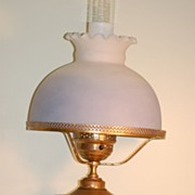 C:1890 Rare Painted C.F. Monroe Wavecrest Glass 'Collars & Cuffs' Lamp