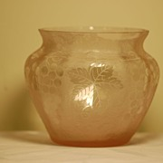 C:1920 Daum Nancy cameo glass vase