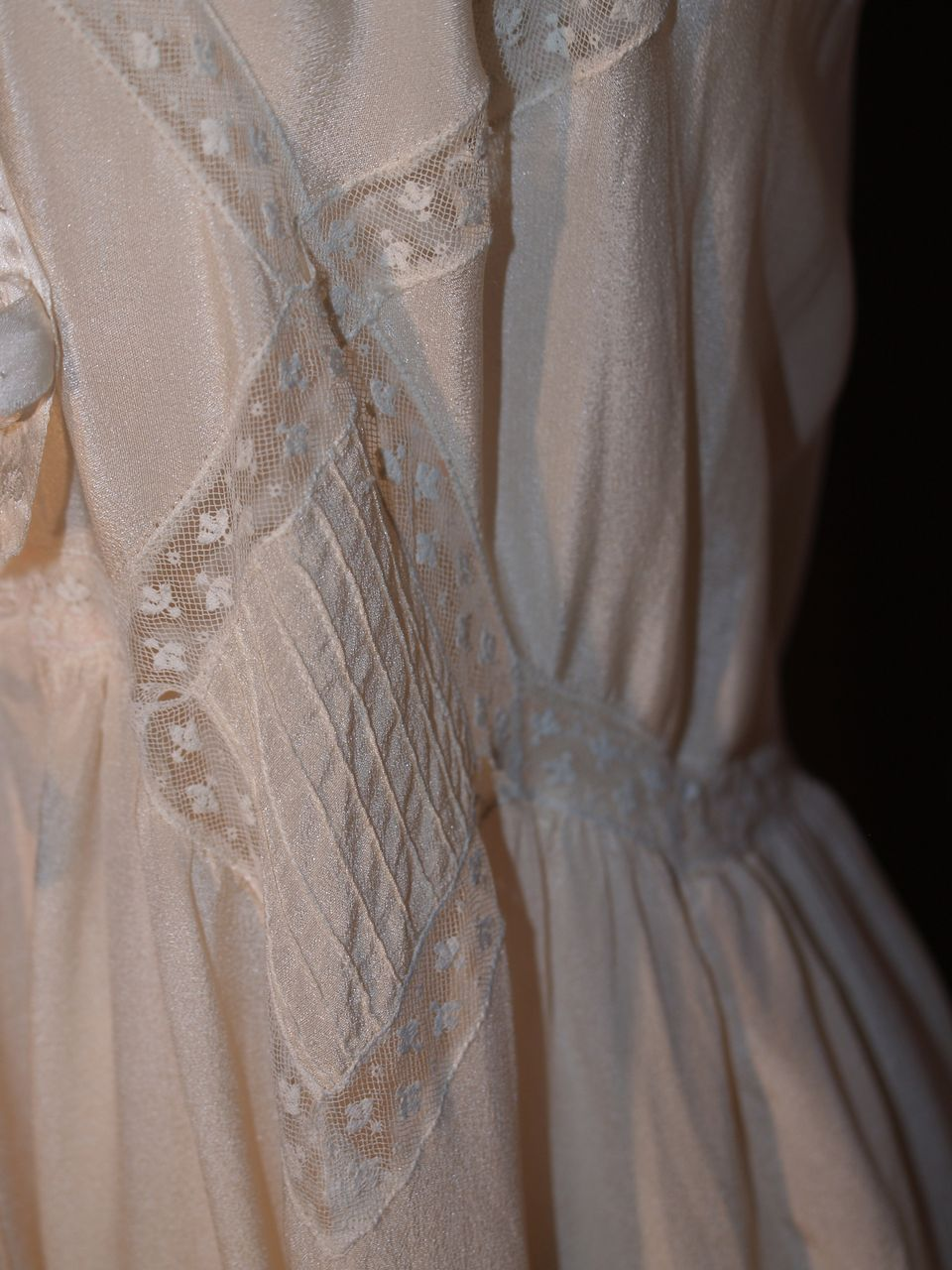 Displaying 14> Images For - Bridal Nightgown...