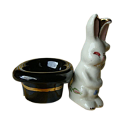 Magic Bunny and Top Hat~Vintage Salt and Pepper Shakers