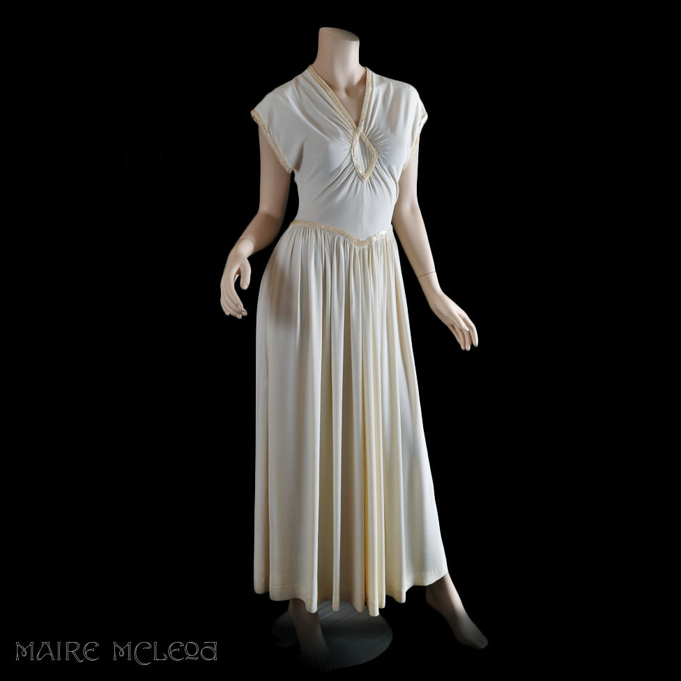 30s 40s Ivory Crepe Gown Sequin Trim S From