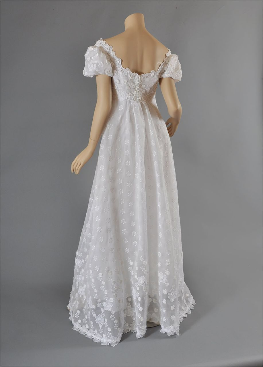 Vintage wedding gowns boston ma for Cheap wedding dresses boston
