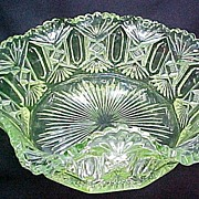 Riverside Glass Derby Pattern Vaseline Master Berry Bowl