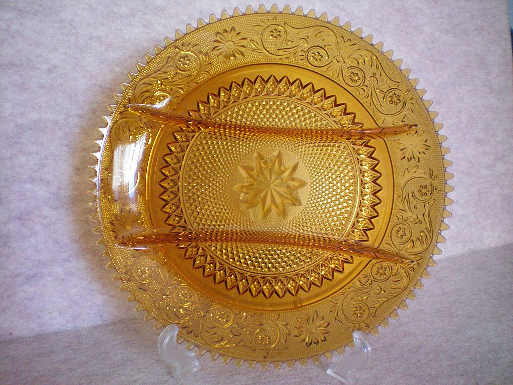 Amber Sandwich Glass Hors d' Oeuvre Divided Plate
