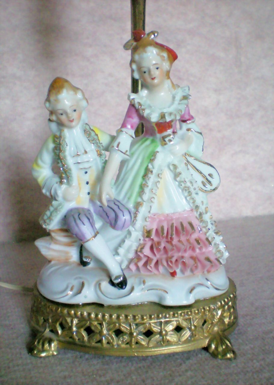 Porcelain Figural Boudoir Dresser Lamp of French Figurines