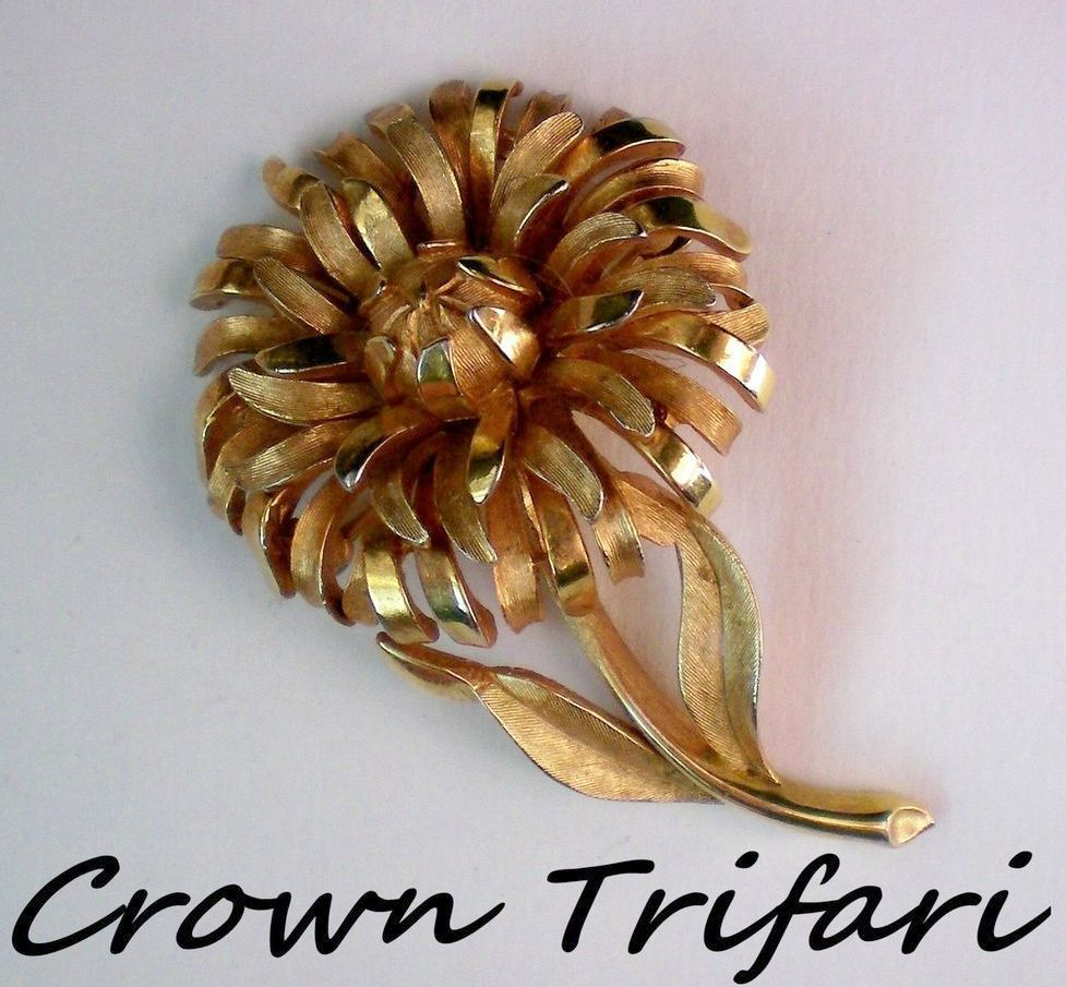 Crown Trifari Flower Pin