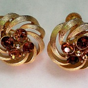 REDUCED Signed Lisner Gold Tone Swirl Earrings