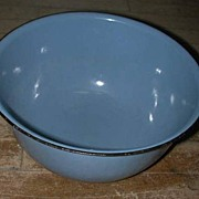 "Blue Graniteware 11 1/2"" Nesting Mixing Bowl"