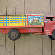SALE Marx Lazy Day Farms Tin Litho Press Steel Livestock Truck