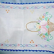 Cross Stitch Runner Basket Design