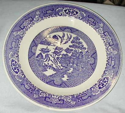 "10"" Royal Blue Willow Dinner Plate"