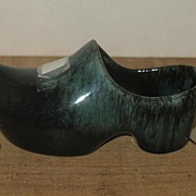 REDUCED Blue Mountain Terra Cotta Pottery Dutch Style Souvineer Shoe Planter