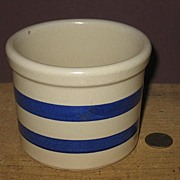 RRP 1 Pint Blue Striped Crock Williamsburg Pattern.