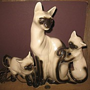 3 Siamese Cats TV Lamp