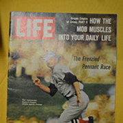 September 8,1967 Life Magazine The Frenzied Pennant Race.