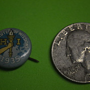 1935 A Minute of Missions Pinback Button.