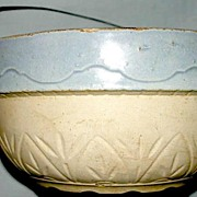 Stoneware Salt Glaze Wire Handled Bowl