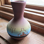 POTTERY Vase, Made by Sioux Indians, Vintage,Marked