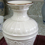 "VASE, Lenox Porcelain, 7"", Cream with Gold Gild Trim, Mint"