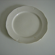 Mount Clemens ~ White Petalware  ~ Cake Plate