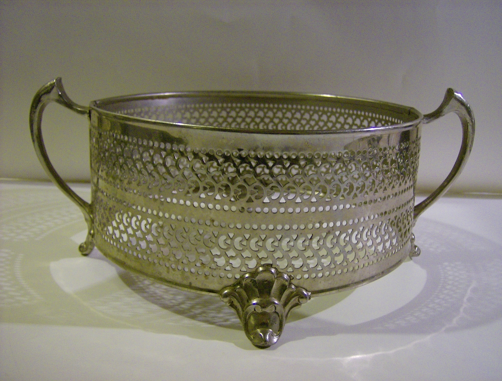 Chrome Reticulated Casserole Holder - J. Mara Specialty Co.