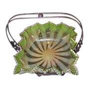 Opalescent Threaded Glass Bowl In Webster Silverplate Frame