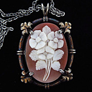 Floral carved shell pendant cameo