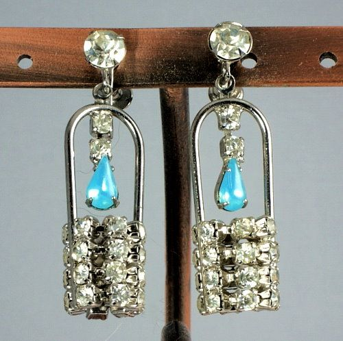 Interesting & unique Wishing Well screw on silver tone rhinestone earrings