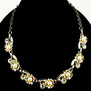 Beautiful necklace and matching ear clips floral link imitation pearls & rhinestones