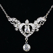 Lovely white metal casting pendant necklace crystal rhinestone and heart shaped center