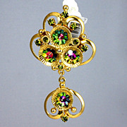 Two part gorgeous gold tone brooch with Margarita Watermelon stones
