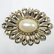 Beautiful large silver tone Art Deco brooch large center imitation pearl crystal rhinestones
