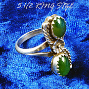 Sterling Silver(925) size 5 1/.2 Ring 2 Jade stones S-Shaped floral design