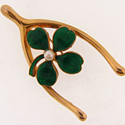 Cute lucky figural brooch of a wishbone and clover