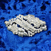 Early vintage white metal 1940's crystal rhinestone brooch