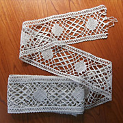 Vintage Bobbin Lace Yardage Wide Insertion Unused
