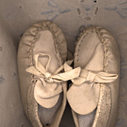 Vintage White Leather Moccasin Style Doll Shoe