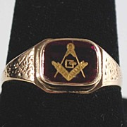 Vintage: Man�s Masonic Ring, 10K Gold
