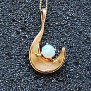 Opal Pendant with Chain, 14K Gold, Vintage
