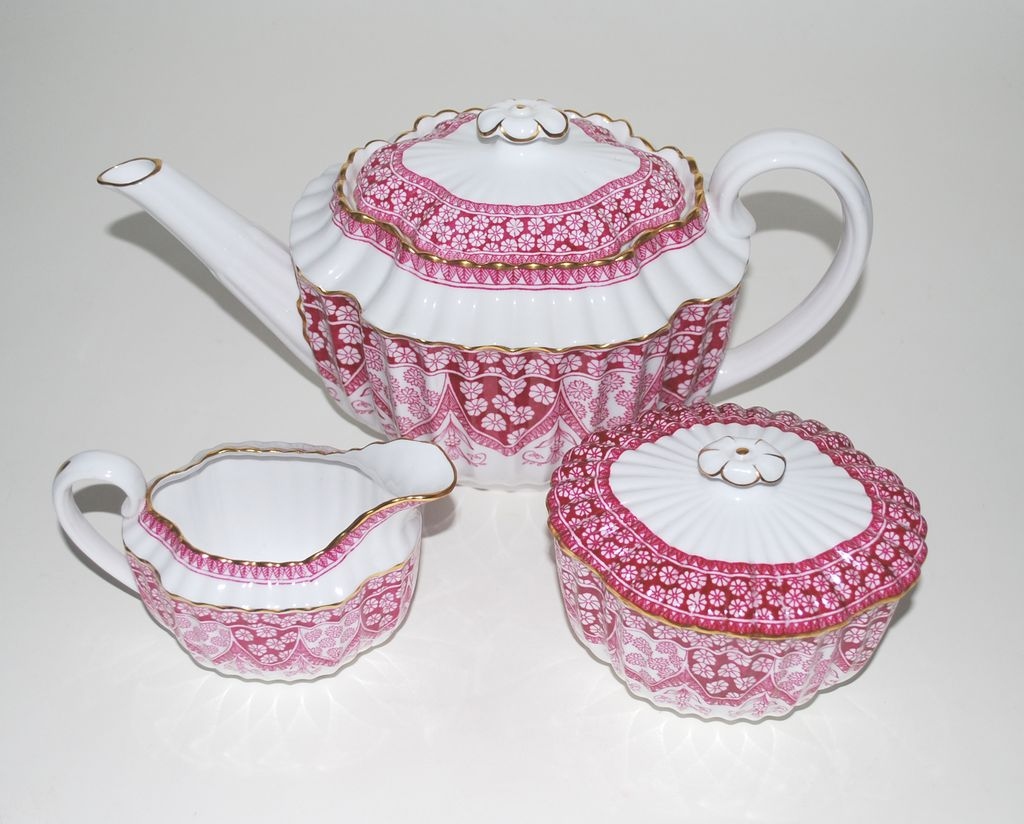 Spode China &ndash; Tea Pot, Creamer and Sugar - Vintage