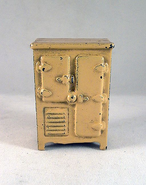 "Kilgore 1/2"" Cast Iron Refrigerator Dollhouse Furniture"