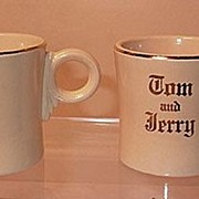 Vintage Homer Laughlin Fiesta Ivory Tom and Jerry Mug Have 2