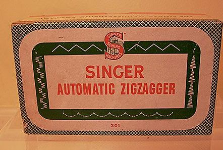 Singer Sewing Machines Automatic Zigzagger in Box Never Used