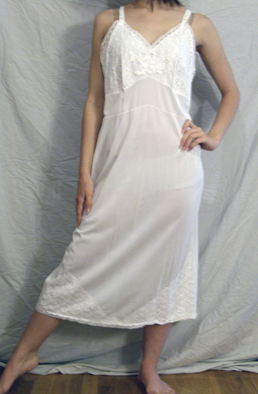 Vintage 1950's Tall Apparel White Full slip  Size 38