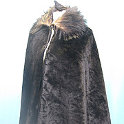 Antique Victorian Cape plush w fur collar skating