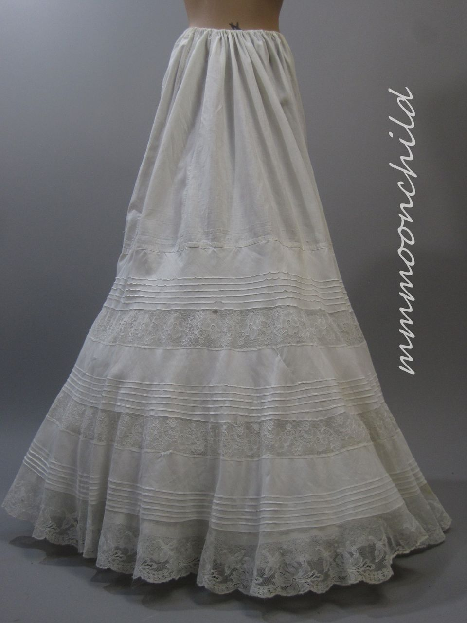 Antique Victorian Cotton and lace Petticoat HM11
