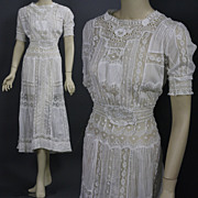 Antique Victorian Edwardian Tea Dress gown fancy lace bridal wedding