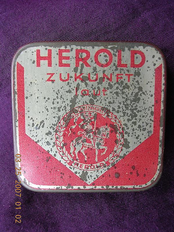 HEROLD Zukunft German Gramophone Needles Tin